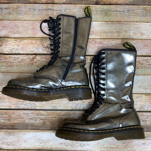 Doc Martens Silver Boots Original AW004 Size 6